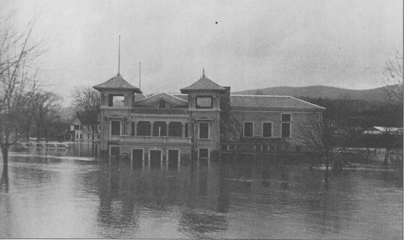 Holyoke 1936 Canoe Club
