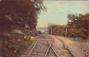 Holyoke Trolley at foot of Mt Tom