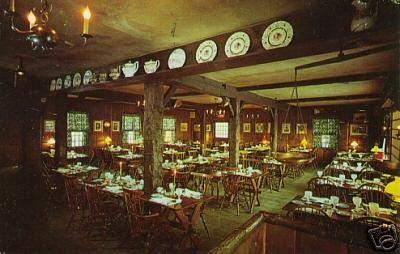 Holyoke Yankee Pedlar Inn