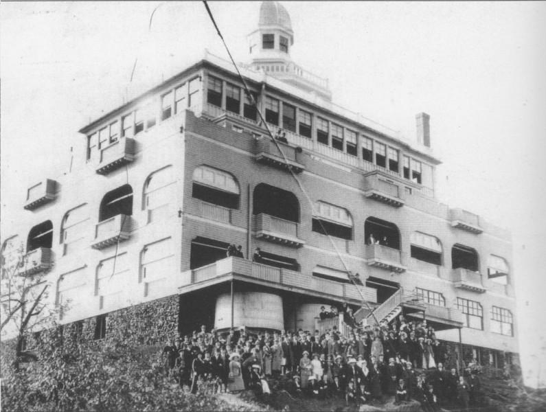 Holyoke M P New 1901 Summit House