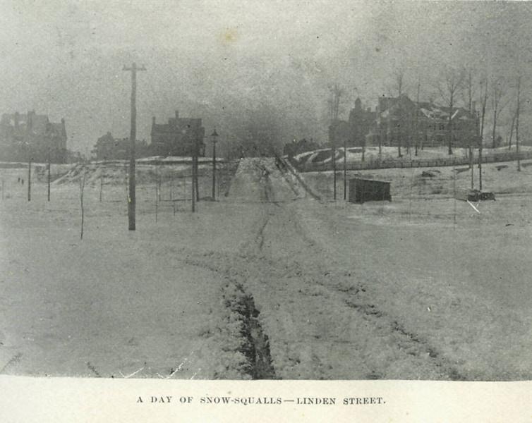 Holyoke Linden St