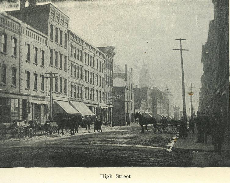 Holyoke High St