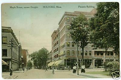 Holyoke Maple St