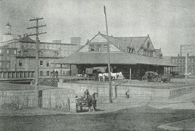 Holyoke  Depot of River Rd