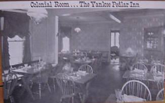 Holyoke Yankeee Pedlar Colonial Rm