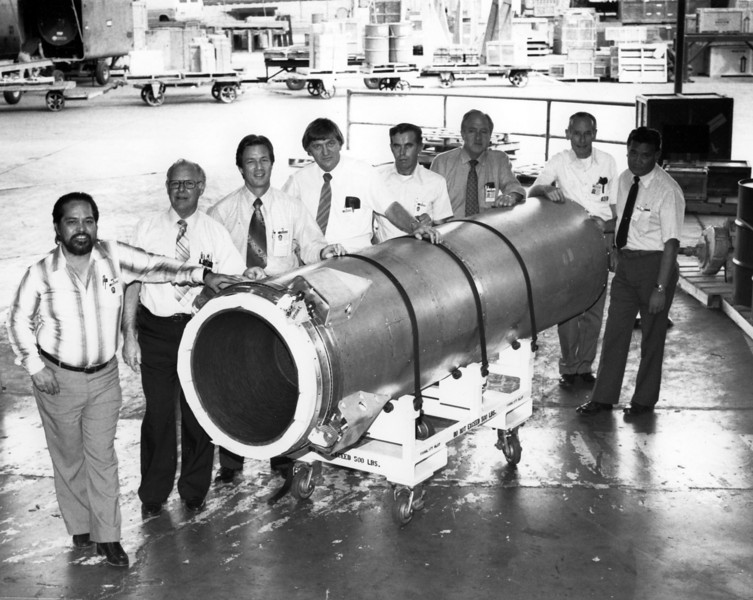 Ready for shipment, except for a protective covering.  Layer of foam around the gimbaled axial thrust engine protects against shipping shocks.  It will be trucked overnight from Rocketdyne in Canoga Park to Lockheed in Sunnyvale for integration with the remainder of the flight vehicle.  Third and fourth from the left are Rocketdyne Program Manager Bob Jones and Jess.