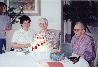 02_grandma_isbell_75th