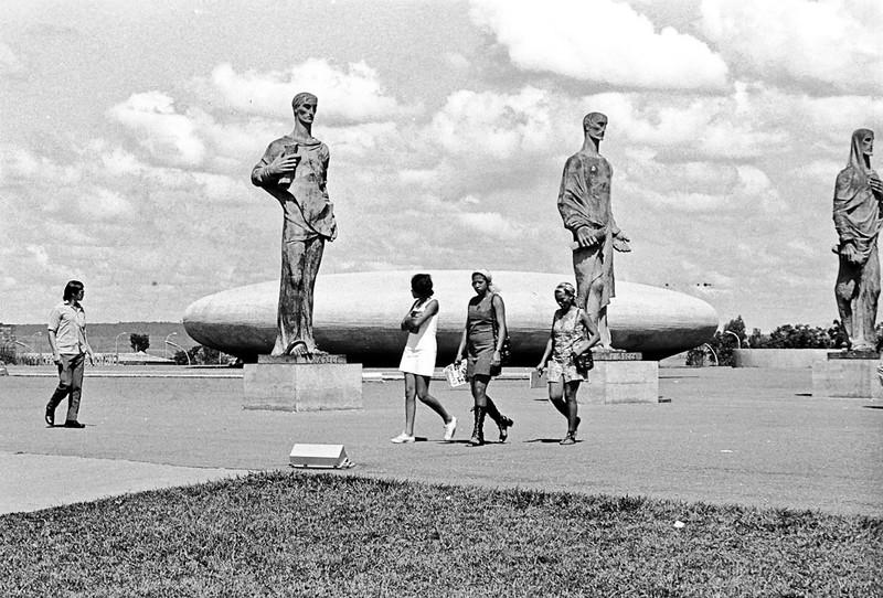 1972-105-027-Brasil