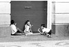 1972-108-035-Brasil SSalvador 3 jovens P