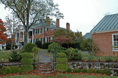 LONG BRANCH Historic House & Farm