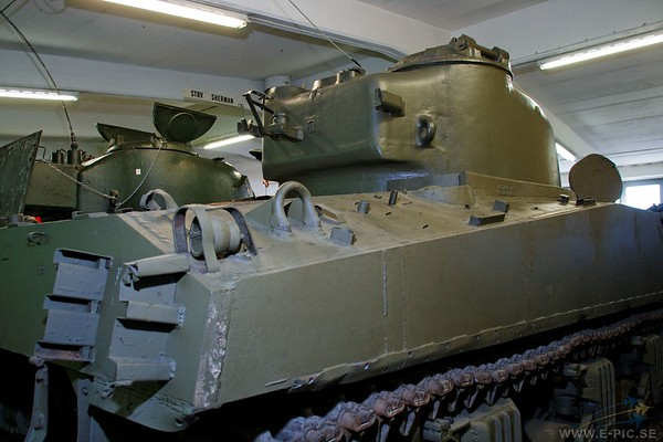 Sherman M4 105mm