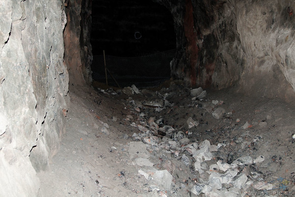 Tunnels prepared to store Swedish Nuclear weapons.