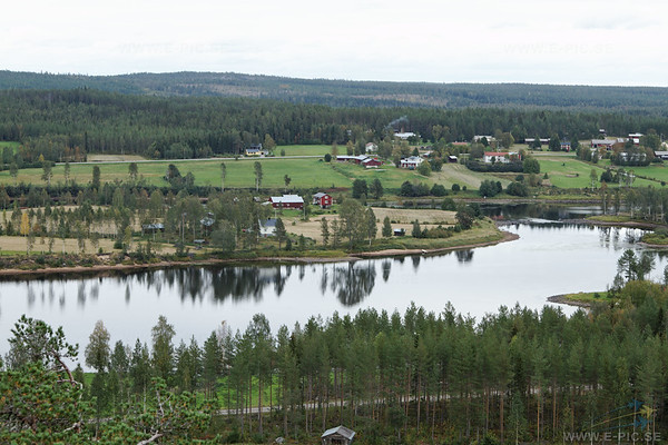 """View of the Kalix river in the direction of the """"enemy"""" aproach."""