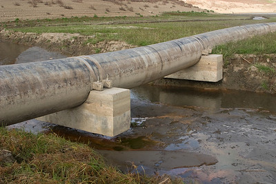 Hmm, the supports for this pipe seem to have been circumvented by stream erosion while the lake's been drained.