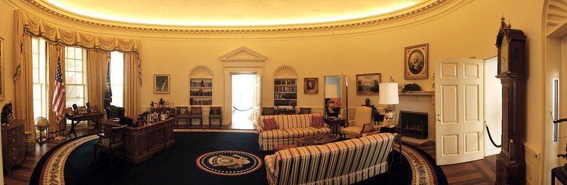 Panorama of Oval Office replica