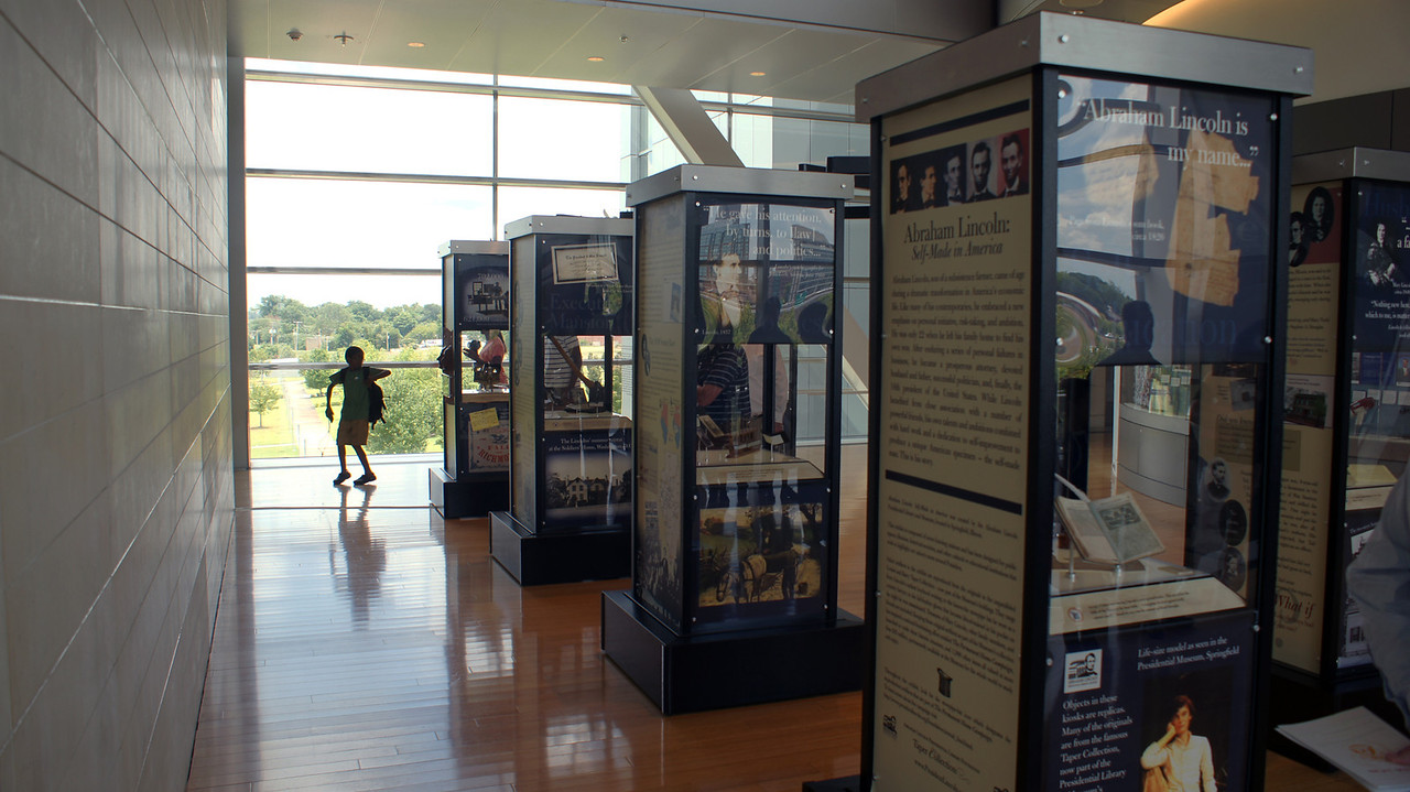 Temporary Lincoln exhibit