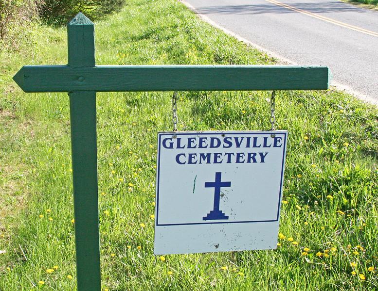 01 IMG_4524   85x11  Gleedsville Cemetery