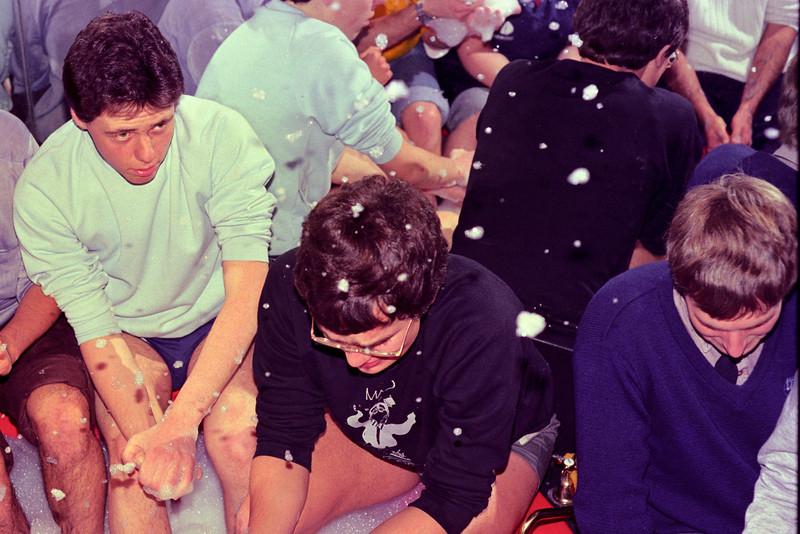 1983. Debate in the bath. Tony Holmes' house in Chapel Street. Jeff Luckins (sp?), John Lenders, Alister Murray.