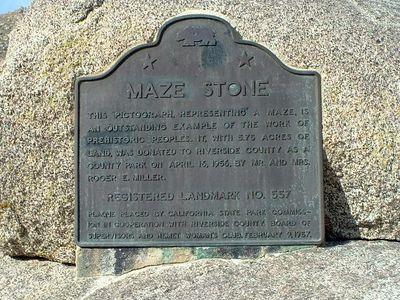 Plaque: Hemet Maze Stone. CRHL No. 557. 22 Dec 2003