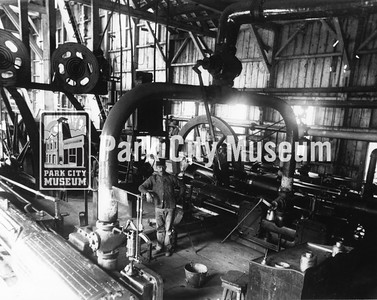 Ontario #2 hoist engine, ca.1900s-1910s (Image: Digi-3-191, Jordanelle Special Service District Digital Collection)