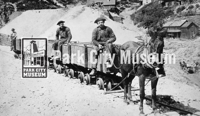 Mine team no the Anchor dump with the Alliance Mine in the back, ca.1900 (Image: digi-2-4091, Himes-Buck Digital Collection)