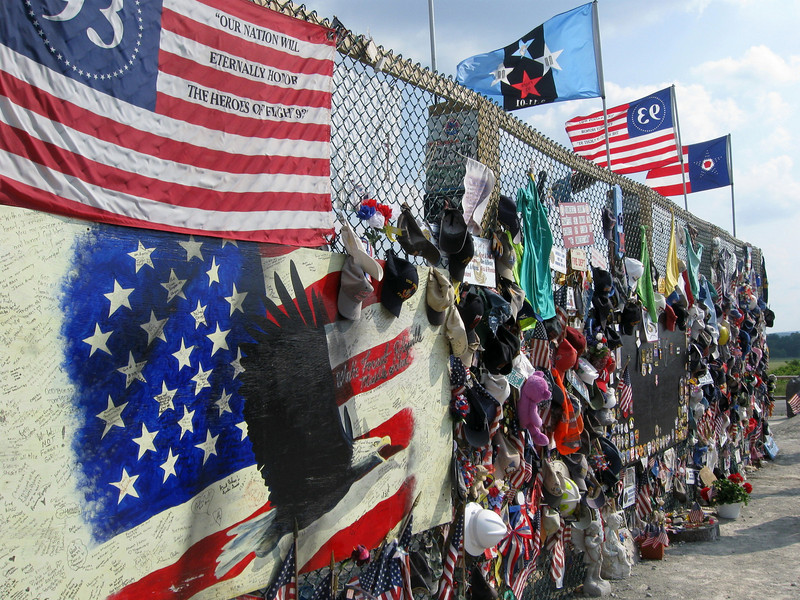 This high fence contains hundreds of objects left in honor of those on Flight 93...
