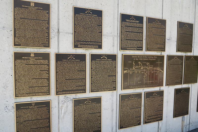 Reynolds Garden - Commemorative Plaques