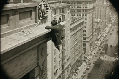 1923, Safety Last - Bolton Building Swinging