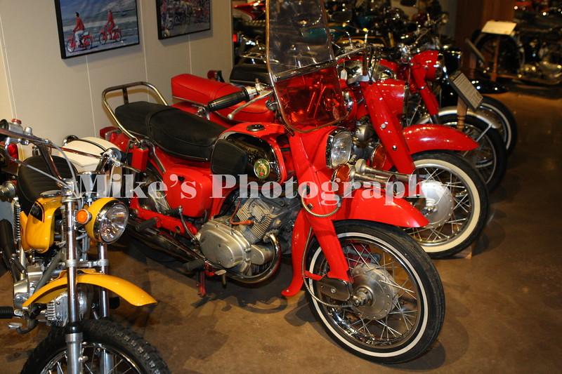 Honda Dreams plus a SL70 on the left