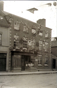Celebrating (I think) the coronation of King George). This was the sight of an early Post Office run by Bisco family and later in the 60's became Benion's garage, today its rebuilt into homes for the elderly.