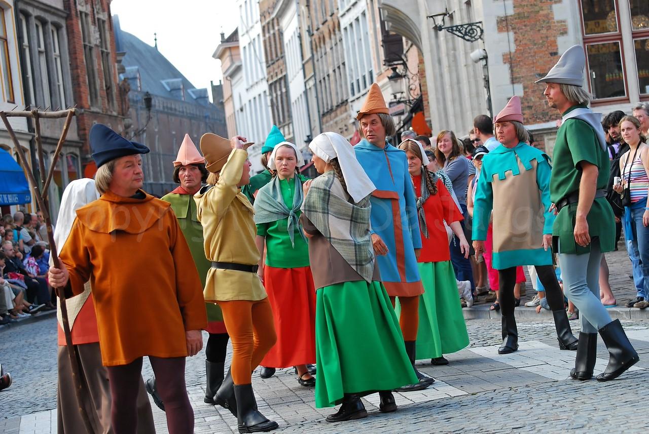 The Pageant of the Golden Tree (Praalstoet van de Gouden Boom) takes place only every five years in Bruges (Brugge), Belgium. Citizens of Bruges burn down Sluis.