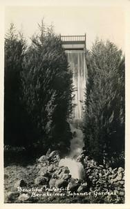 Beautfiul Water at Gardens