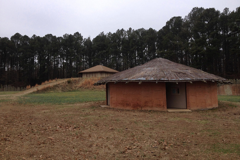 The Burial Hut with the Temple Mound beyond...