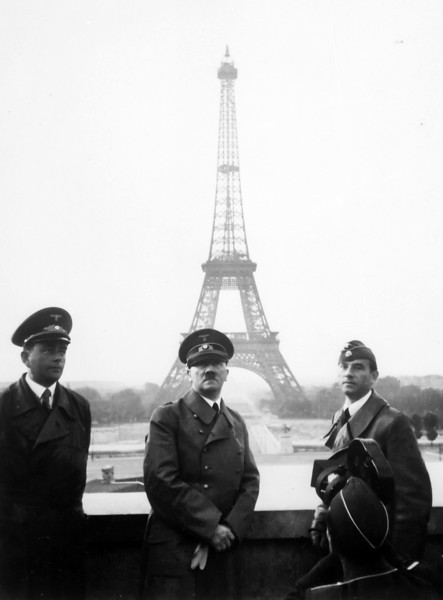 Adolf; Hitler; Paris; 1940