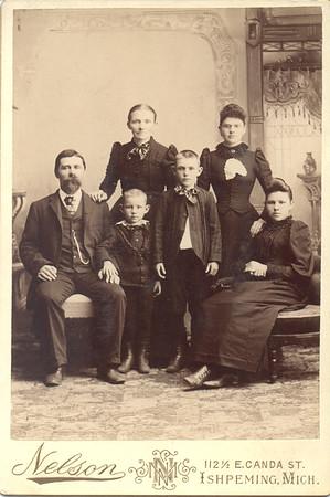 """Hans Johnson (Johnsen) Caroline Fredrikke (Eggen) Johnson Hansine Fredrikke Johnson Henry """"Hank"""" Johnson Alfred Johnson Jennie (Johnson) Quayle"""