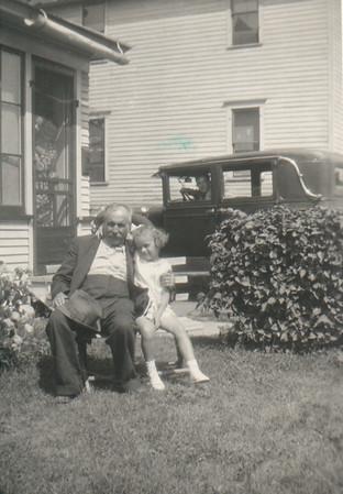 William Quayle, Lois Blythe, Art (in his car), Margaret, Jennie in doorway