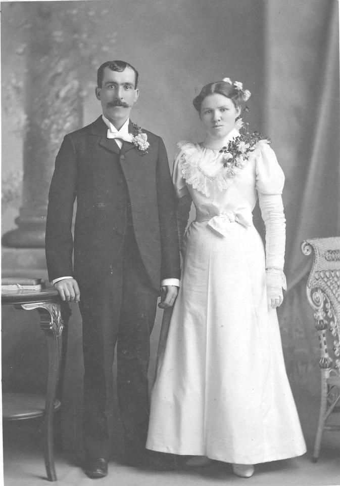 Mr. & Mrs. William Quayle<br /> Married:<br /> 13 NOV 1898<br /> 770 E. Empire St.<br /> Ishpeming, MI