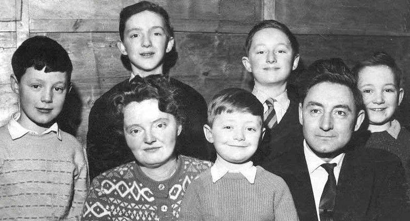 Rawtenstall Cooper family before emigrating to South Africa Jim & Edna with there five boys left to right George Andrew Robin Timothy and Paul