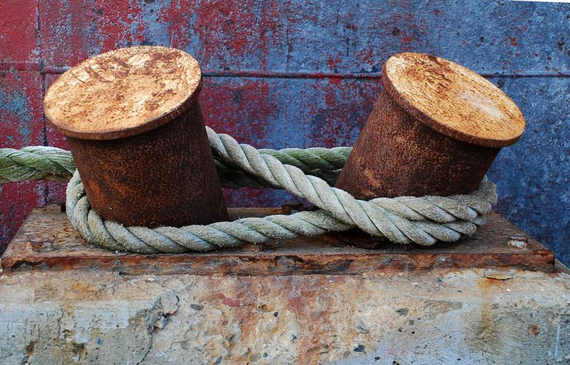 Double bollard mooring Red Oak victory ship