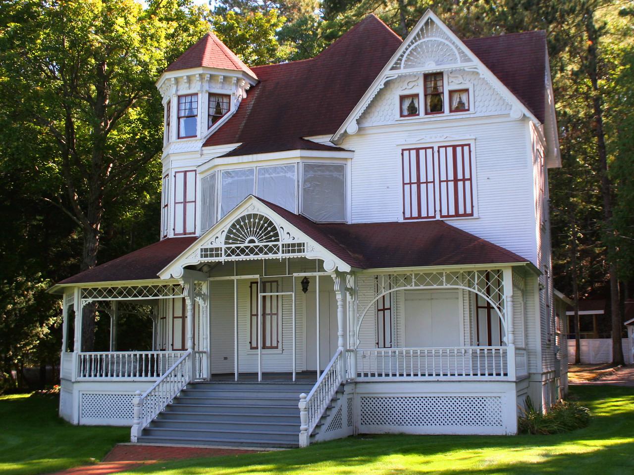 Brisbane House (ca.????)