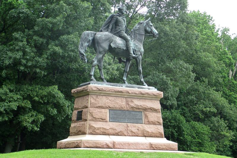 Wayne Statue