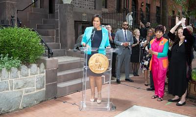 Rosa Parks, Mansion on O Street