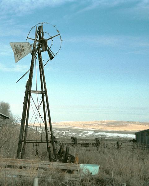 Windmill on the Prairie_-5