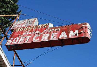 Soft Cream (63806798)