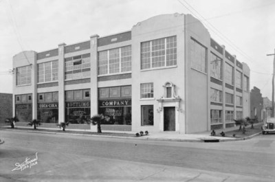The Coca-Cola Bottling Company in 1934. Courtesy of the Florida, Florida Memory, http://floridamemory.com/items/show/51378