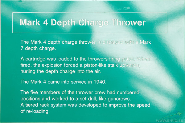 Mark 4 depth charge thrower