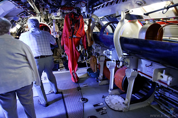 HMS Alliance aft torpedo room.