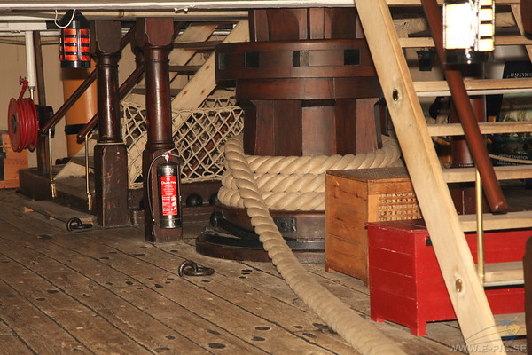 Main Capstan (Lower Gun Deck)