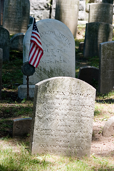 <center>Washington Irving's Grave    <br><br>Sleepy Hollow</center>
