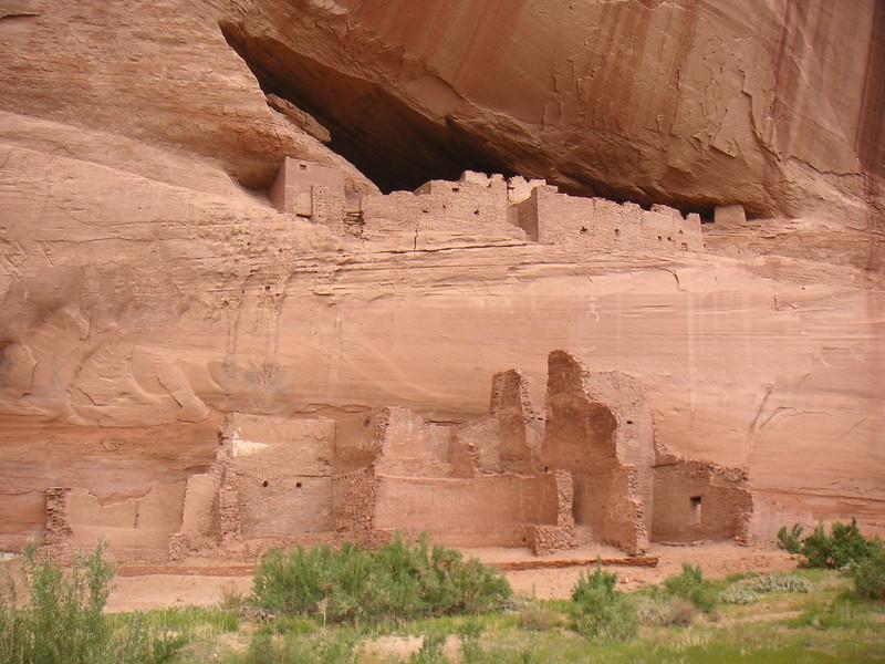 Ruins at the bottom of Canyon de Chelly, AZ.